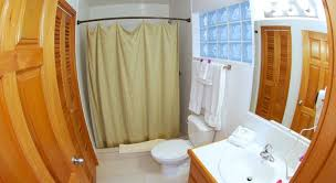 grand-baymen-bathroom