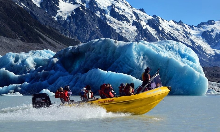 mt-cook-boat-tour