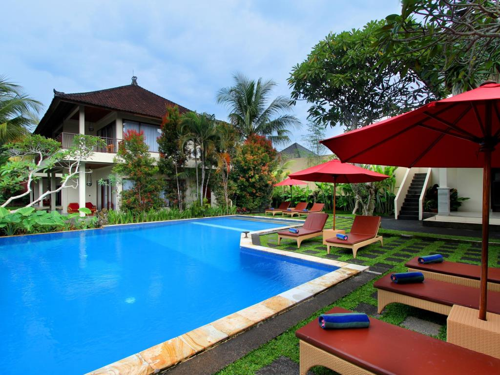 Ubud hotel pool