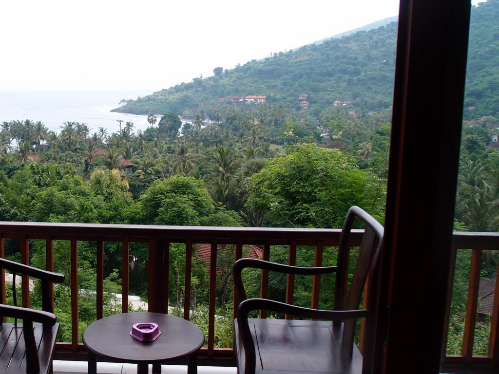bali amed balcony